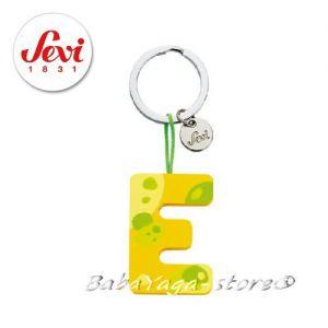 """Ключодържател - дървена БУКВА """"E"""" с марката Sevi - 82415"""