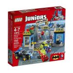 2014 LEGO Конструктор JUNIORS Batman: Defend the Batcave - 10672