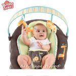 Bright Starts Шезлонг за бебе музикален с вибрации InGenuity Automatic Java Jungle, 60010